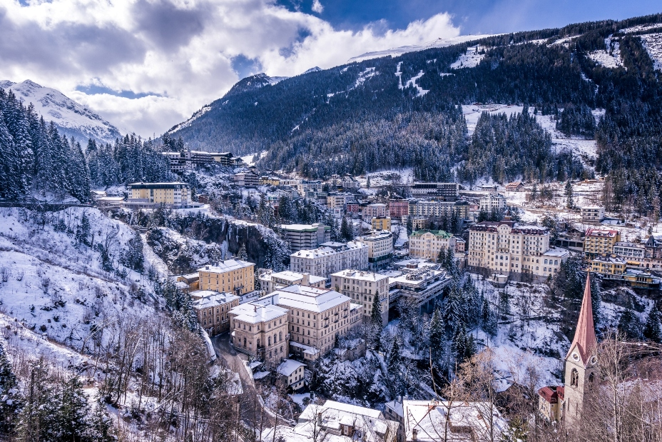 slika_6_bad_gastein_inmitten_winterlicher_natur.jpg